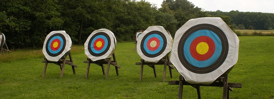 Olympic-Bow-Square-Arrows-Arch-Tournament-Archery-602125.jpg